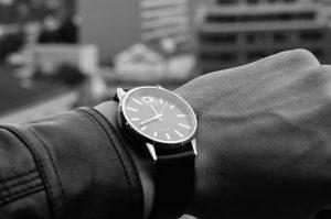 checking-time-waiting